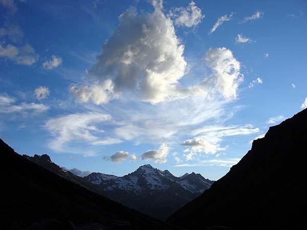 Небо над Кавказом - с погодой пока везет...