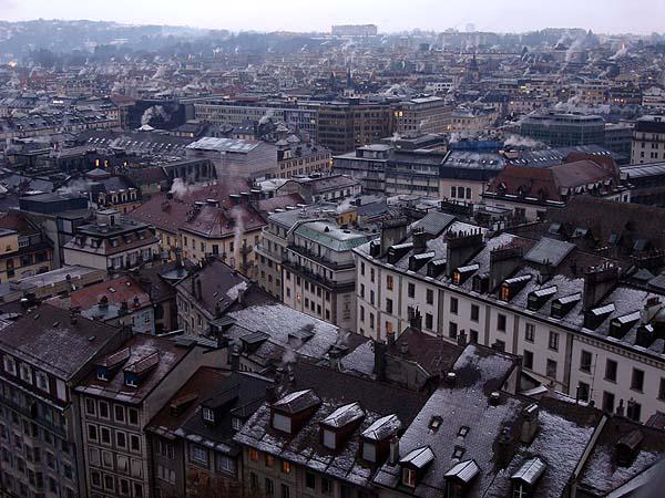 Крыши Женевы, вид с собора Святого Петра в центре города