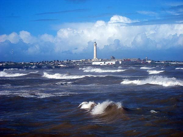 Касабланка - маяк в Атлантическом океане